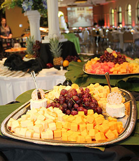 wedding reception catering appetizers and dinner available